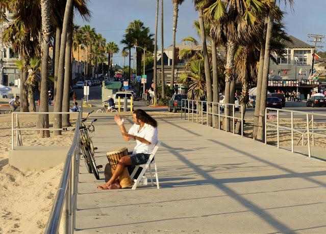 Omar Cherif mid sunset jamming by the Venice Beach Boardwalk, June 2015