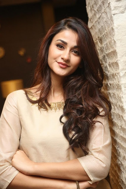 Aditi Arya Photos