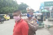 Satlantas Polres Sidrap Melaksanakan Ops Keselamatan Sekaligus Berbagi Masker pada Pengguna Jalan