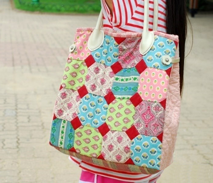 How to sew a patchwork tote bag.