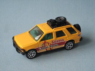 Matchbox Izuzo Rodeo Frontera Arizona Canyon Rescue Toy Model Car Yellow UB