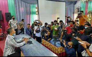 Pj Walikota Makassar Prof Yusran Pamit Dengan Awak Media
