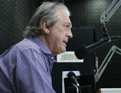 Luciano Bivar é reconduzido à presidência do PSL