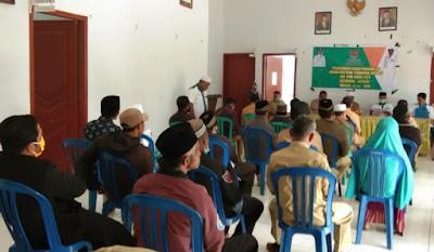 Baznas Distribusikan Zakat Konsumtif kepada Mustahik di Kecamatan Donggo