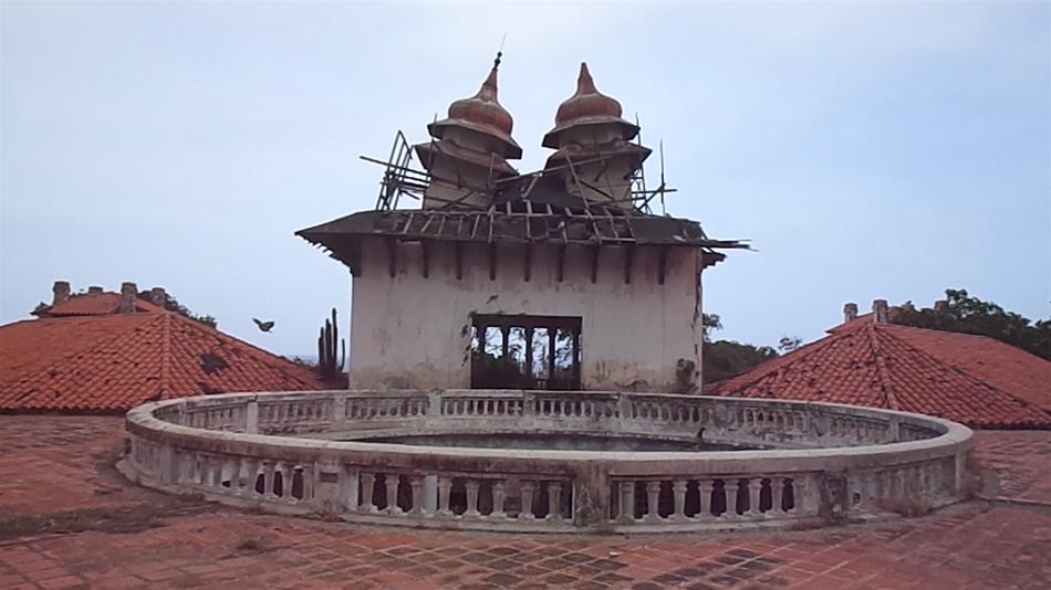Fotograma con las torres del Hotel Miramar de Macuto