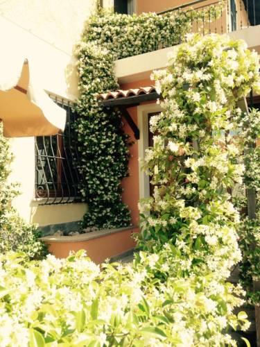 Hotel vicino Pietra Ligure (Savona) - Travel blog Viaggynfo