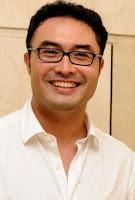 Biodata Surya Saputra pemeran Om Anton