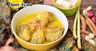 Opor Ayam merupakan salah satu makanan khas lebaran di Indonesia yang selalu ditunggu-tunggu
