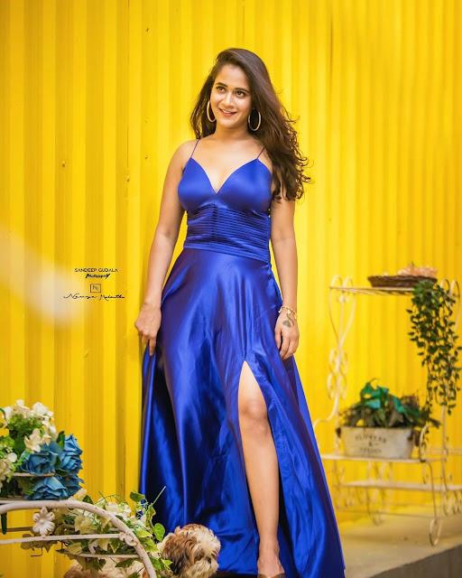 60 Deepthi Sunaina Hot HD Photos Actress Trend