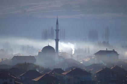 Hampir 24 Jam, Puasa Umat Islam di Islandia