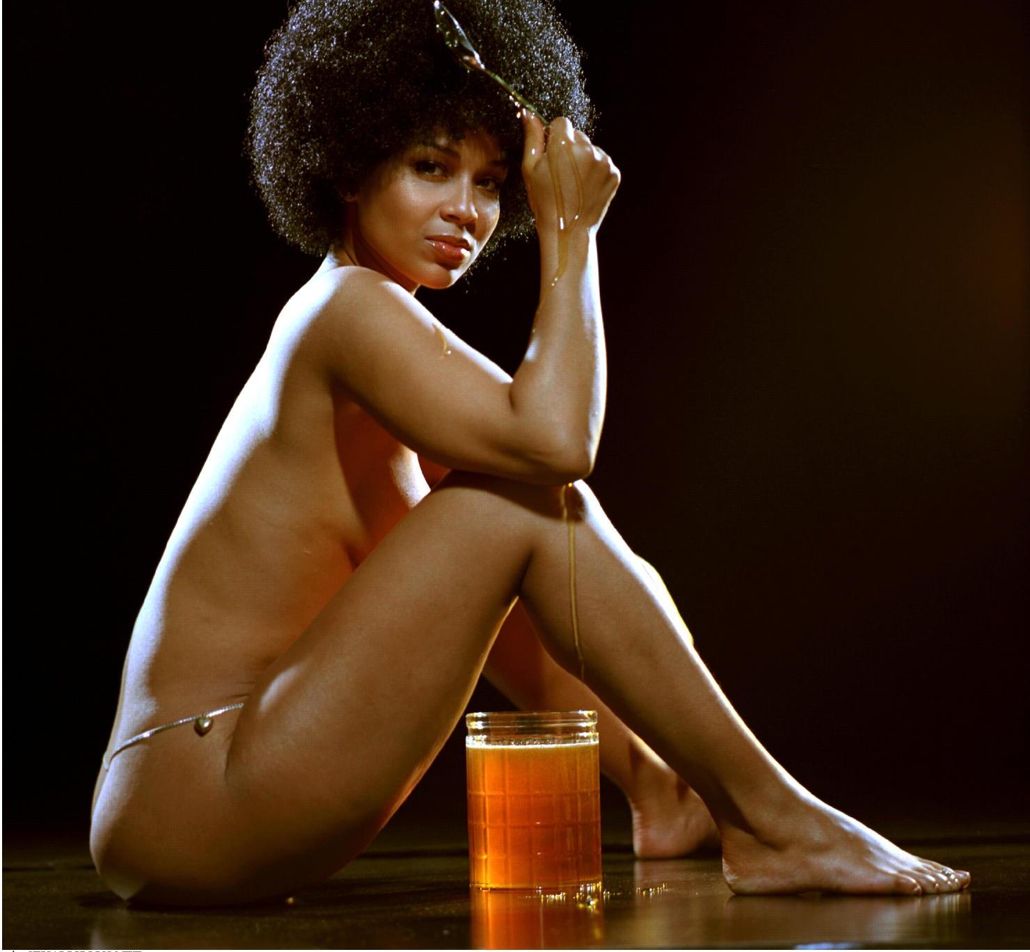 Honey Jones Nude 37