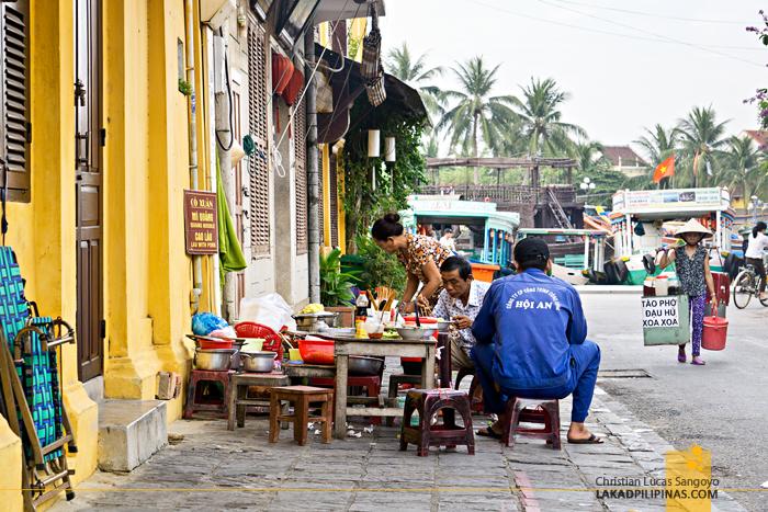 Hoi An Food Hawker Vendor