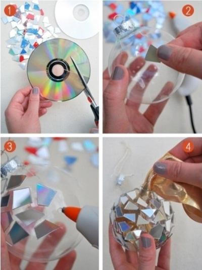 Atau potong-potong CD bekas untuk membuat hiasan mozaik.