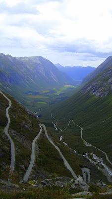 Vistas de la carretera de los trolls en Noruega