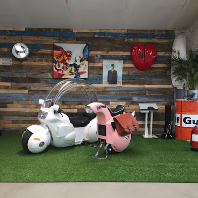 Las motos de Bulma y Lunch conducen a Japan Weekend al mundo de Dragon Ball en su 10º Aniversario