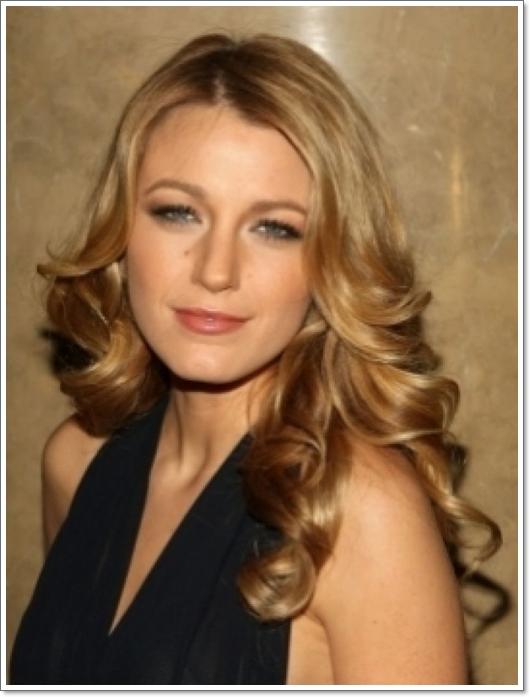 Die Karamell Haarfarbe: Das Symbol der Weiblichkeit