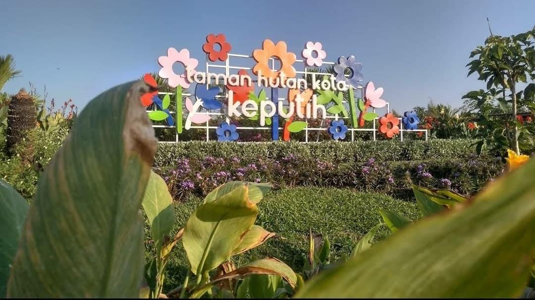 taman bunga surabaya