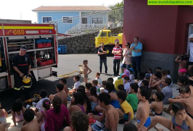 El Cabildo divulga la labor de los cuerpos de Emergencias entre menores de los Campus de Breña Baja y Villa de Mazo