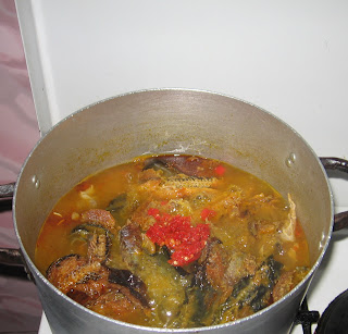 Cooking Nigerian groundnut soup step by step pics 05