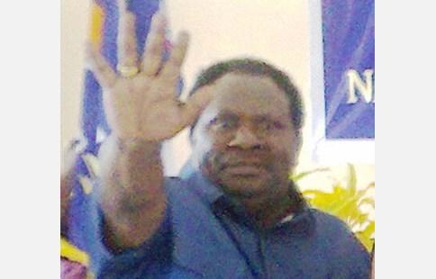 Isaias Douw Keluarkan Surat Penolakan RDP MRP di Wilayah Meepago