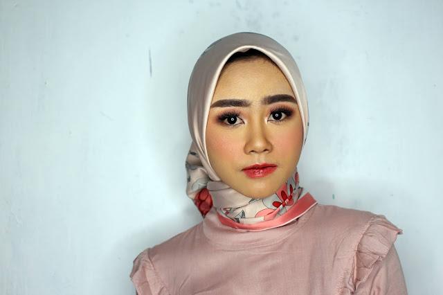 Jasa Makeup Wisuda Semarang
