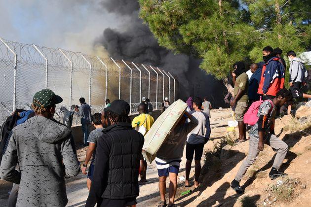 Πρόταση της Κομισιόν για επιτάχυνση επιστροφών μεταναστών που δεν δικαιούνται άσυλο