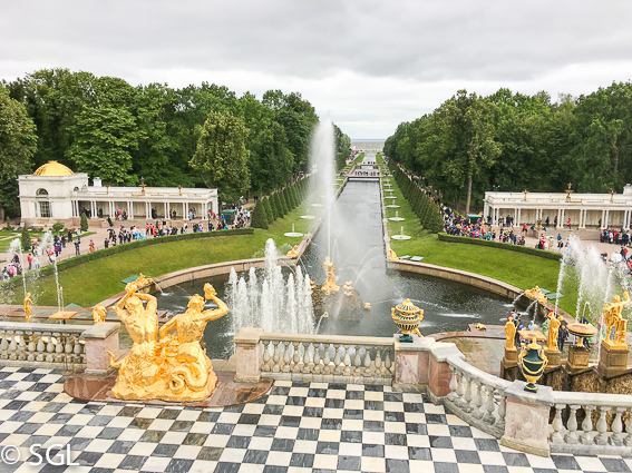 Exterior del Palacio de Peterhof, excursion desde San Petersburgo
