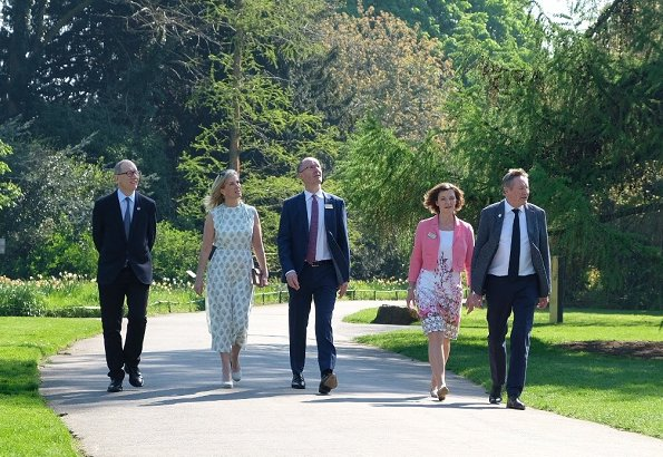 Countess Sophie of Wessex visited Kew Gardens in London together with spouses of heads of government who attend CHOGM2018