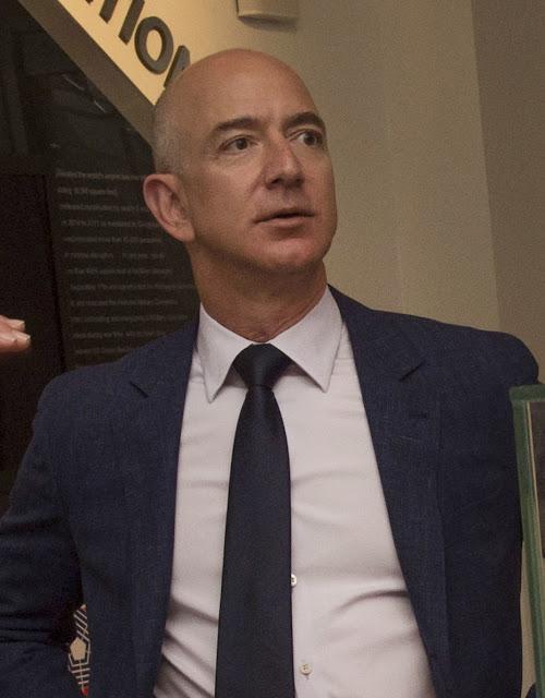 Amazon Founder and CEO Jeff Bezos Success Story in Hindi.