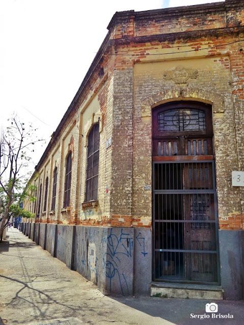 Vista ampla de antiga Edificação fabril Tombada na Rua Monsenhor Andrade - Brás - São Paulo