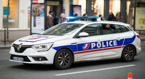 Franciaország: bozótvágókkal estek egymásnak a nyílt utcán