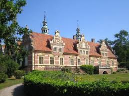 Vram Gunnarstorp Castle (from Wikipedia)