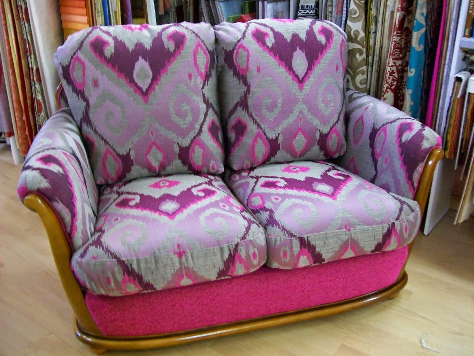 l 39 canap contemporain de marque sterner. Black Bedroom Furniture Sets. Home Design Ideas