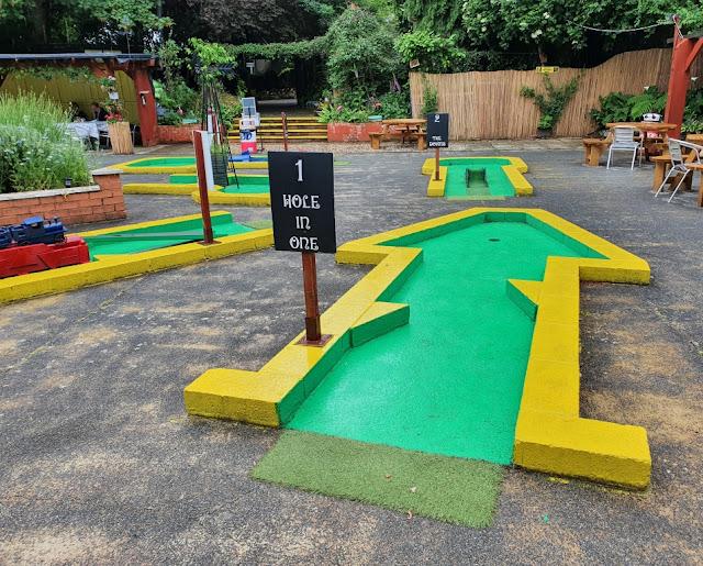 Crazy Golf at Rylstone Gardens