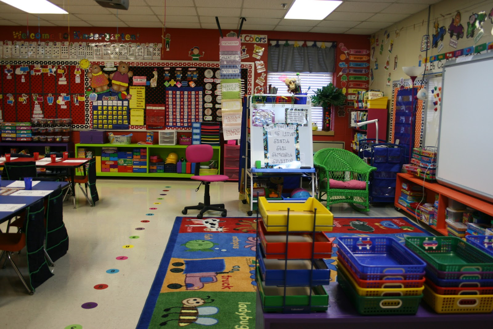 Mrs Mayas Kindergarten Line Up
