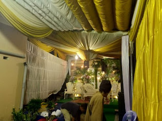 tenda gelembung emas