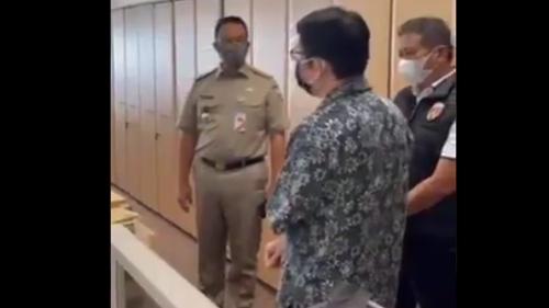 Sentil Anies Marahi Perusahaan Asuransi, Denny Siregar Singgung Pencitraan dan Salah Kamar