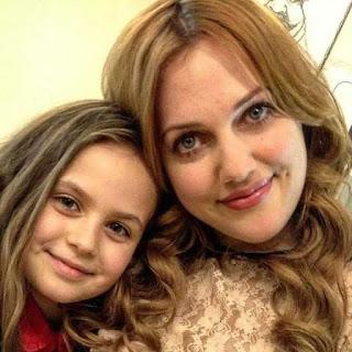 Meryem Uzerli și fiica ei Lara
