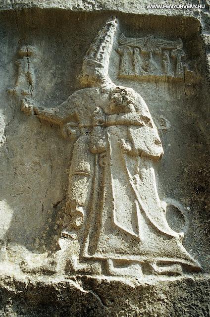 Ősi kalendáriumként szolgálhattak a 3200 éves hettita sziklaszentély domborművei