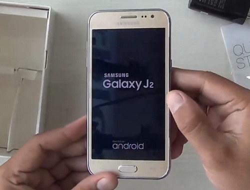 Ponsel Samsung yaitu satu dari sekian banyak merek ponsel yang laris keras di pasaran Ini Dia Harga dan Spesifikasi Samsung J2 yang Patut Diketahui