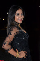 Sakshi Agarwal looks stunning in all black gown at 64th Jio Filmfare Awards South ~  Exclusive 065.JPG