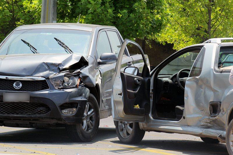 Cuánto demora la reparación de un auto chocado