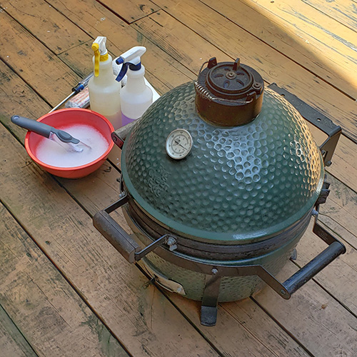 Routine maintenance for a Big Green Egg Mini-Max