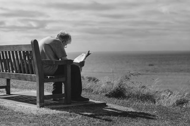 Đôi điều suy ngẫm của tuổi già - Người trẻ đọc mà cay khóe mắt