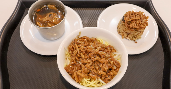 台中天富素食太平店的餐點平價,加入會員還有專屬優惠,近中平國中