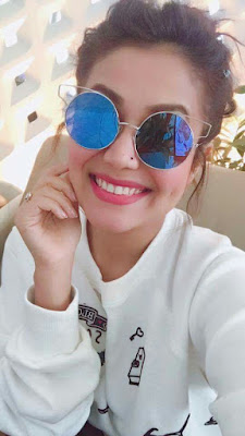 Neha Kakkar selfi images photo shoot