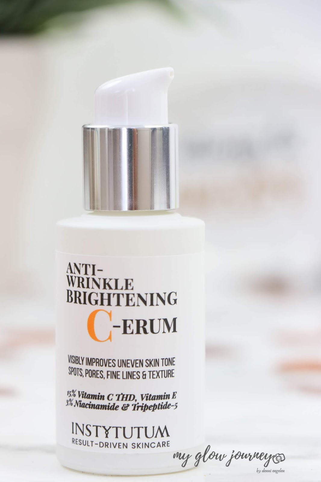 Get your glow back with ANTI-WRINKLE BRIGHTENING C-ERUM