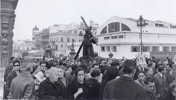 Horario e Itinerario del Traslado del Gran Poder desde Parroquia de la Candelaria a la Parroquia de Santa Teresa. Sevilla 30 de octubre del 2021
