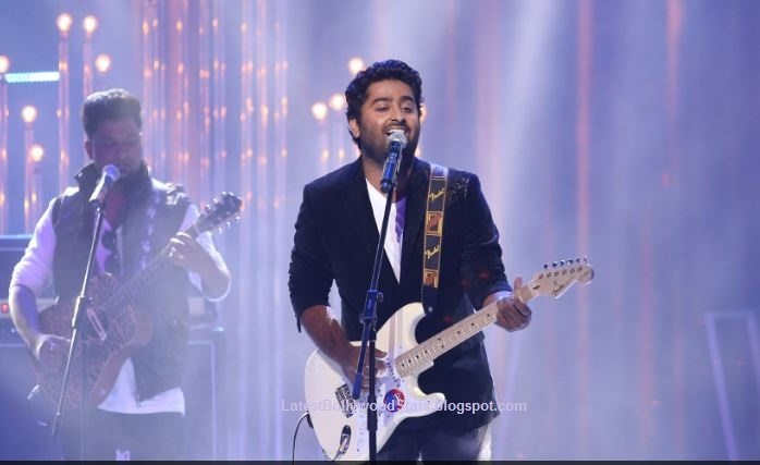 Arijit Singh Latest Hd Wallpaper Pictures Latest Bollywood Stars