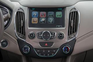 novo Chevrolet estreia o novo Cruze Sport6